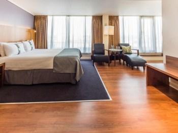 Holiday Inn Camden Penthouse Studio