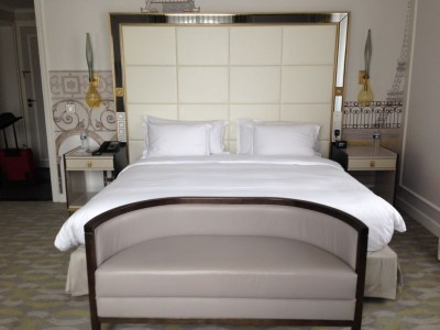 My review of the hilton paris opera part 1 for Hilton sofa bed