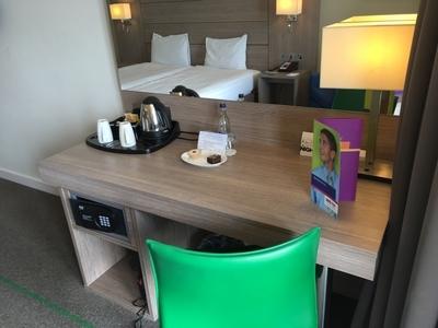 Park Inn Palace hotel Southend review desk