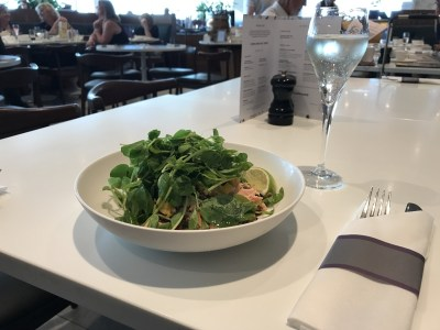 norwegian premium review - gatwick no 1 lounge food