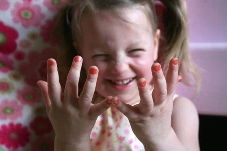 safe-nail-polish-for-kids