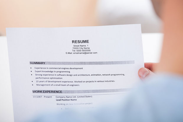 10 ways to create an impressive medical writer CV and win writing jobs