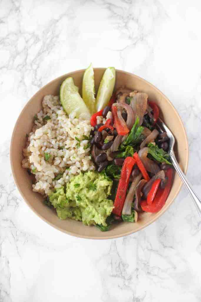 simple vegetarian fajita bowls ready in 30 mins and easy enough to make as a college student!