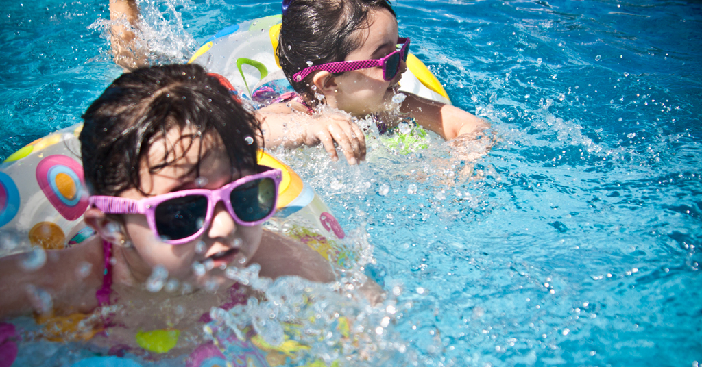 Ask Anna: Can my child play in water with hearing aids?