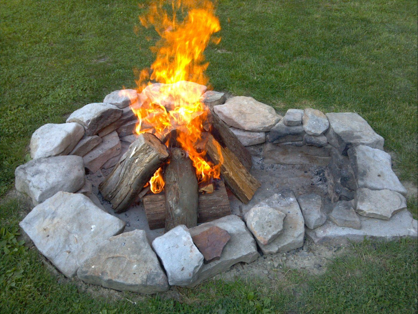 Hd Wallpapers Keyhole Fire Pit Hd Wallpapers Iphone