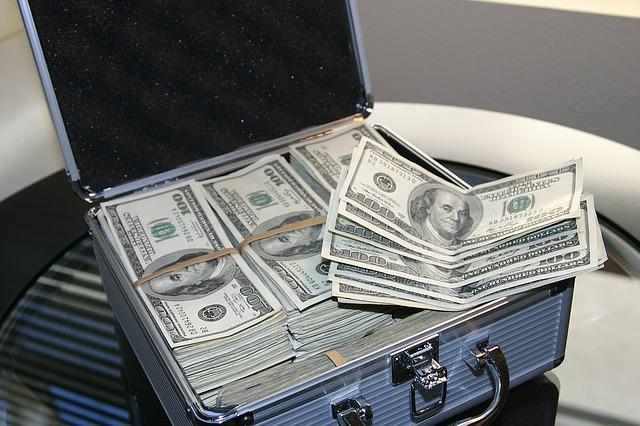 money-1428584_640