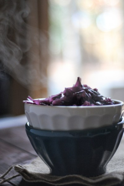 Weeknight Braised Red Cabbage