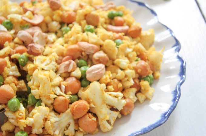 Cauliflower-Rice-with-Roasted-Chickpeas-4