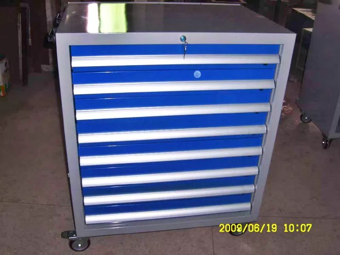 Large Heavy Duty Metal Roller Mechanics Tool Chest Cabinet. SaveEnlarge
