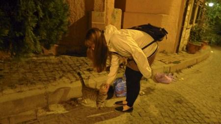 Happy Caitlin, happy Cat