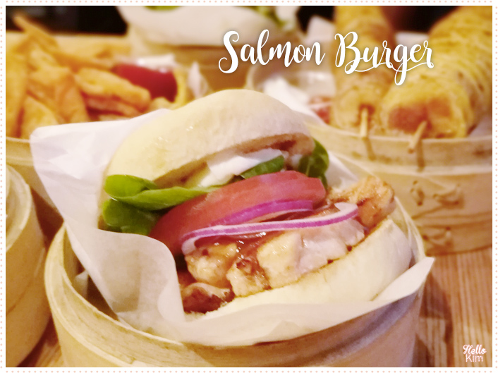 Shiso-burger_Salmon-Burger_082017_HelloKim