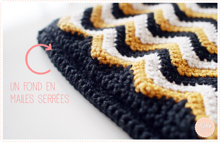 hellokim_crochet_pochette_chevrons_zippe_03