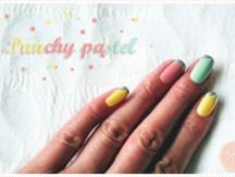 <span>Manucure</span> Punchy pastel