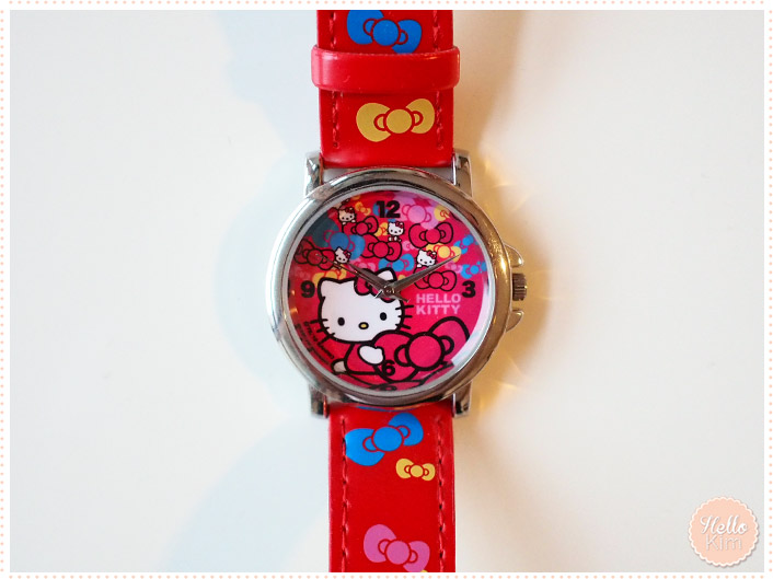 Montre Hello Kitty rouge - vue face - HelloKim