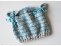 <span>Tricot layette</span> Le bonnet ourson, version turquoise