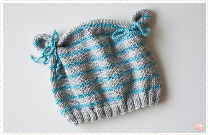 tricot-layette_bonnet-a-oreilles_rayures-bleu-gris_hellokim1