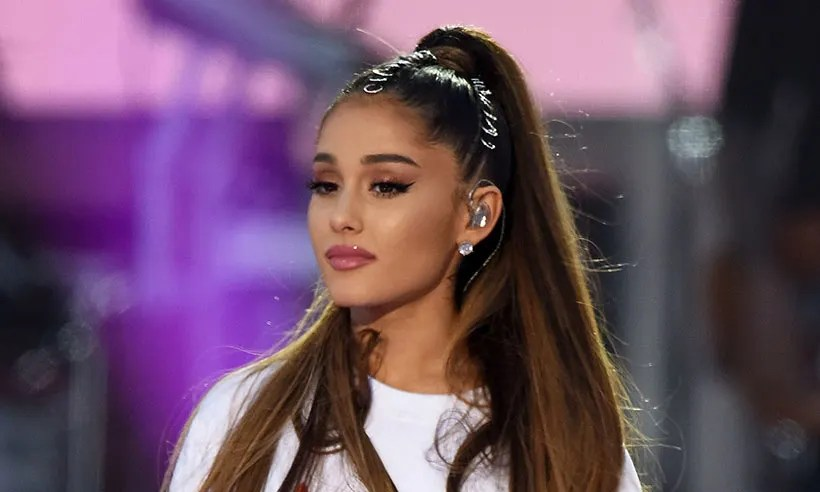 Sad Small Girl Wallpapers Ariana Grande S Over The Rainbow Released As Charity Single