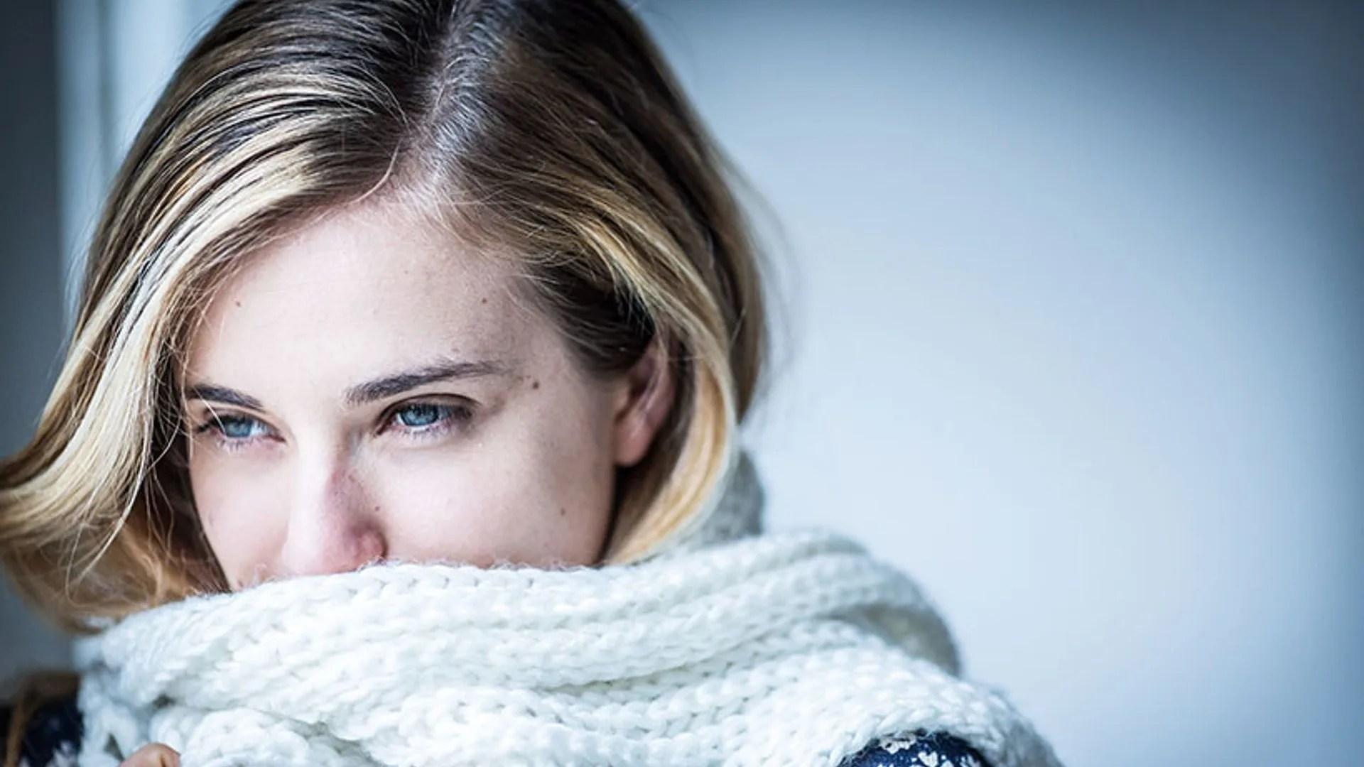 Feeling Sad Girl Wallpaper Top Tips For Avoiding Dry Skin This Winter