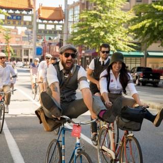 Tweed Ride Kicks Off Its Third Annual Ride To Celebrate Bygone Era