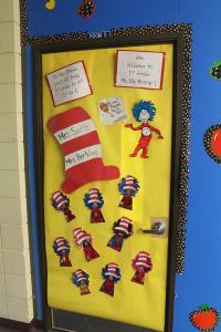 Slideshows / Dr. Seuss - Door Decorating Contest