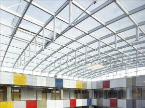 Henke Dachdecker und Zimmerei in Obernkirchen - JET-Gruppe: Passende Tageslichtelemente für den Kommunalbau