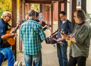 Teachers jam at Bluegrass Camp, Aschau, Germany, 2014