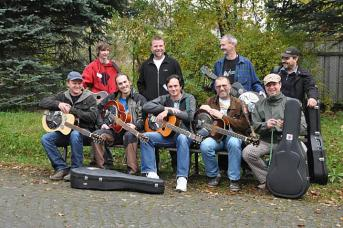 Dobro class at Male Svatonovice, CZ Bluegrass Workshop, 2010