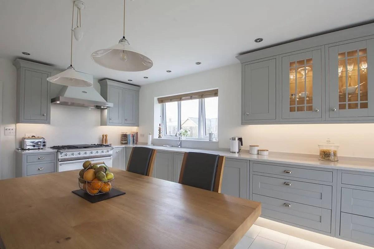 50 Best Light Grey Kitchen Cabinets