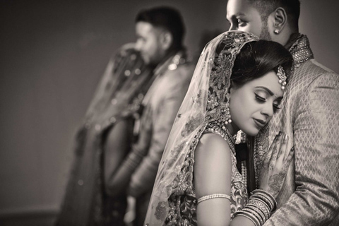 ROSHNI & DHILAN – WEDDING TEASER PHOTOGRAPHS