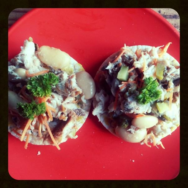 Foto: rijstwafels met salade