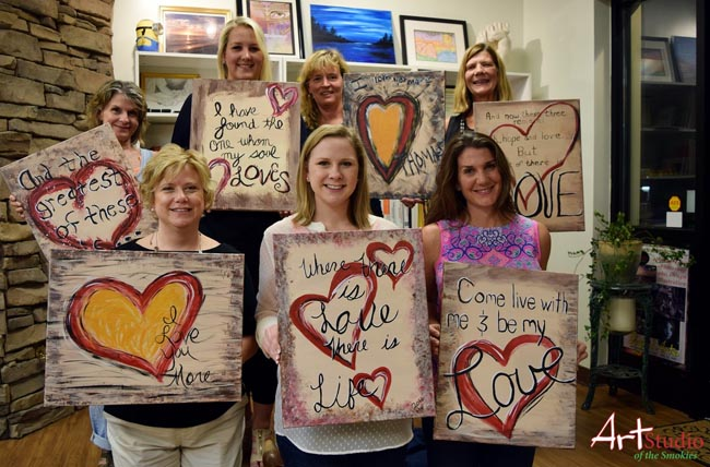 Valentine's Day Ideas | Let the Smokies show you some love!