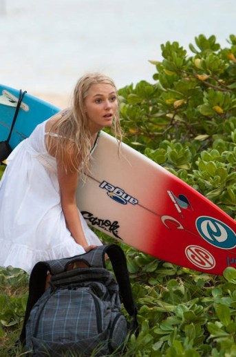 The First Poster & New Images for Soul Surfer