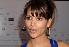 halleberry2 220x150 Paul Verhoeven To Direct Halle Berry In The Student