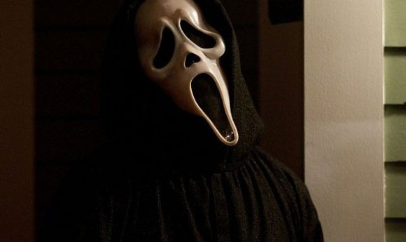 Scream3 585x350 Gory New Scream 4 Stills