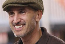 Craig Gillespie 2 220x150 Director Craig Gillespie Leaves Pride And Prejudice And Zombies