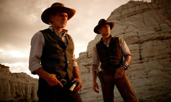 Cowboys and Aliens 2 585x350 The HeyUGuys Instant Watching Guide   August 19th 2013