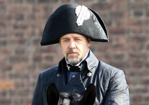 Russell Crowe Les Miserables 3 e1332774047725 214x150 First Look at Russell Crowe in Les Misérables