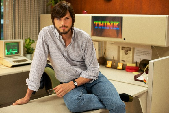 Ashton Kutcher in jOBS 585x390 First Look Image: Ashton Kutcher as Steve Jobs in jOBS
