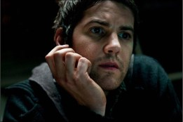 Jim-Sturgess-in-The-Best-Offer