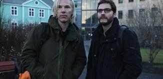 Benedict-Cumberbatch-and-Daniel-Brühl-in-The-Fifth-Estate