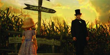 China-Girl-Joey-King-and-James-Franco-in-Oz-the-Great-and-Powerful