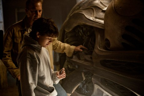 Dozens of Hi Res New Images from Zack Snyder's Man of Steel