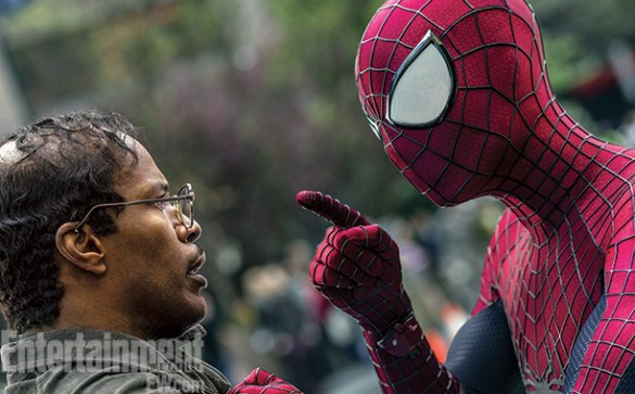 Jamie Foxx and Andrew Garfield in The Amazing Spider Man 2 585x363 Spidey has Strong Words with Max Dillon / Electro in New Image from The Amazing Spider Man 2