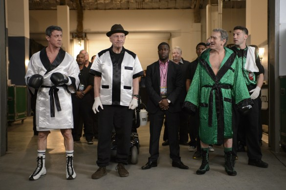 Sylvester Stallone Alan Arkin Kevin Hart Robert De Niro and Jon Bernthal in Grudge Match 585x389 UK Exclusive: Robert De Niro and Sylvester Stallone go head to head in Grudge Match Mocumentary