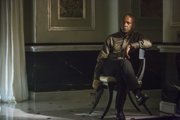 Denzel Washington in The Equalizer 585x390 First Look Image: Denzel Washington in The Equalizer