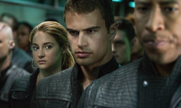 Shailene Woodley and Theo James in Divergent 585x350 New Image of Shailene Woodley and Theo James in Divergent