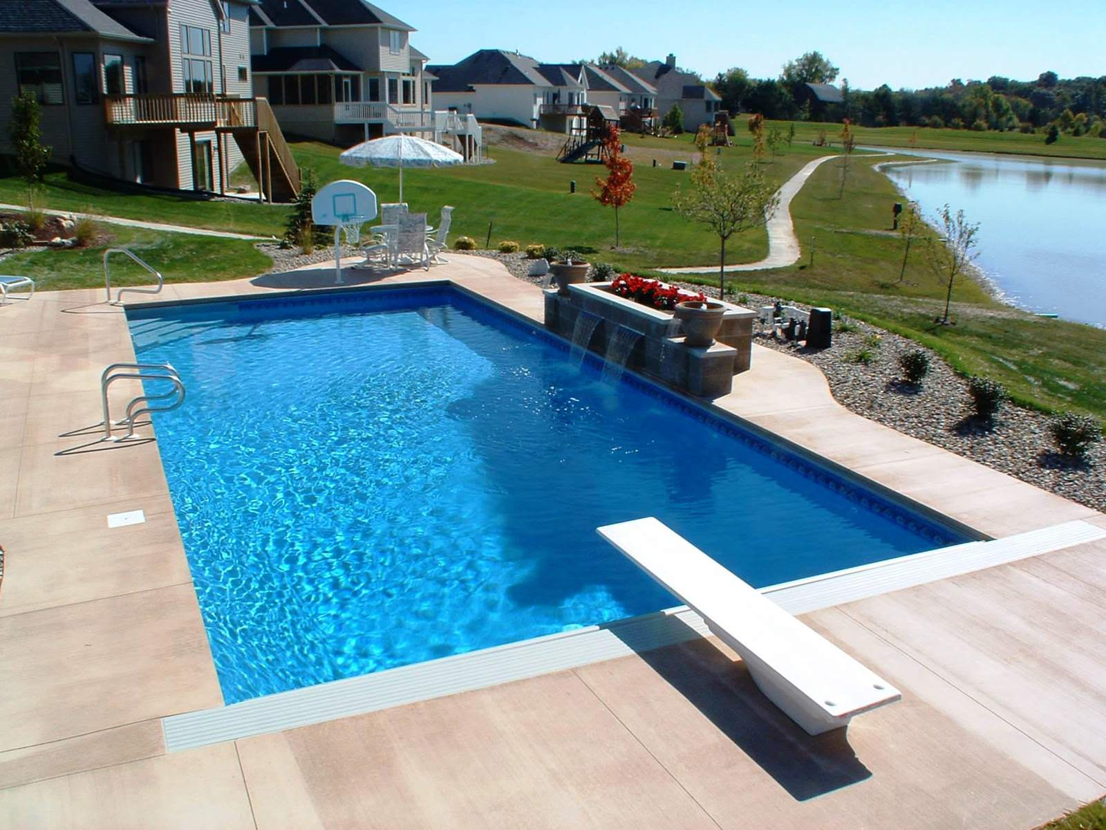 Landscaping Ideas For Small Rectangular Backyards With Pool 24 Small Pool Ideas To Turn Your Small Backyard Into ...
