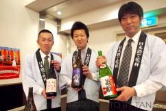 日本酒コーナーは八鶴・八仙・菊駒の八戸地酒トリオで(@八戸酒造協議会)