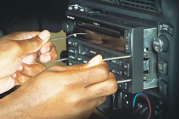 Volvo Radio Replacement Heavy Haulers RV Resource Guide