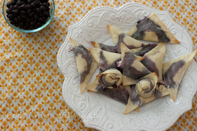 Wild Blueberry Cheesecake Dessert Wontons